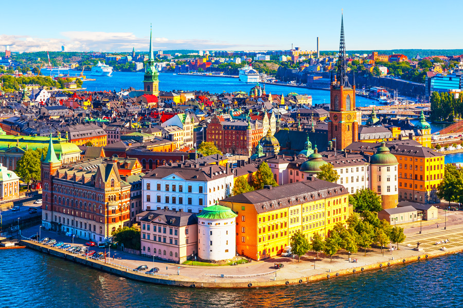 International Movers & Relocation Services to Sweden and Abroad